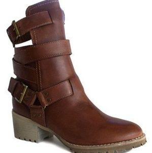 Von Dutch Stayvertical Leather Bootie
